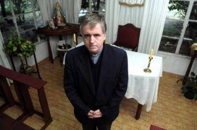 """El cura Grassi presentó un """"hábeas corpus"""" para obtener la libertad"""