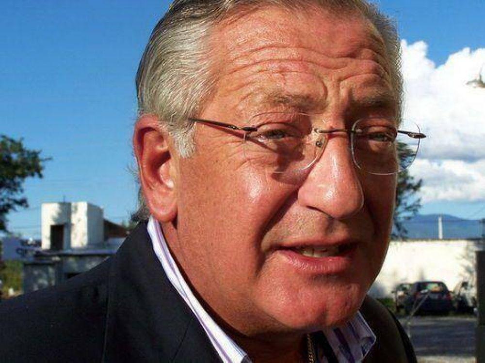 """Fellner pidió a la oposición que no """"macaneen"""" con denuncias"""