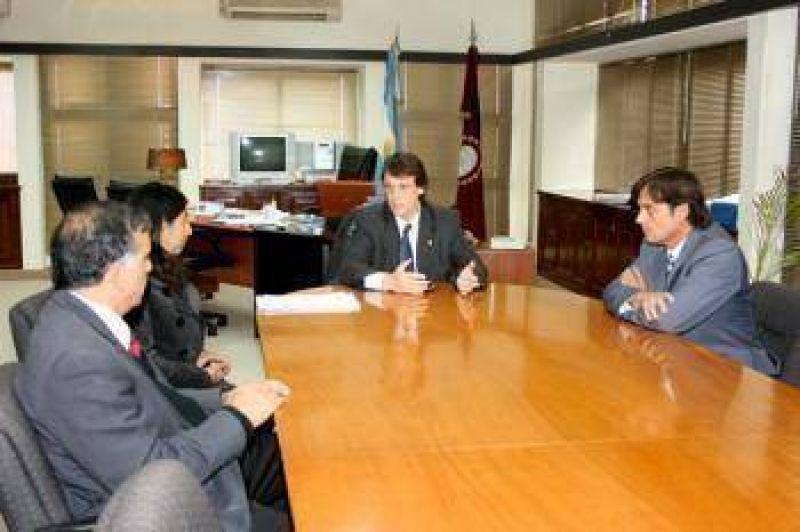 Legisladores radicales se reunieron con el ministro Kosiner.