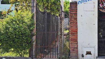�El uruguayo� maneja dos firmas registradas en forma irregular