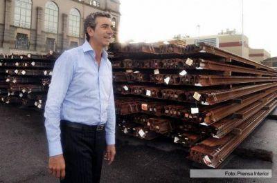 Llegaron al Puerto Buenos Aires 10 mil toneladas de rieles