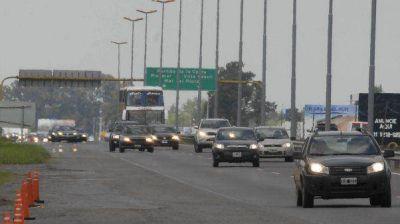 Verano 2014: intenso movimiento en la ruta 2 por el recambio de quincena