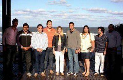 Alvarez Rodríguez con intendentes en la costa
