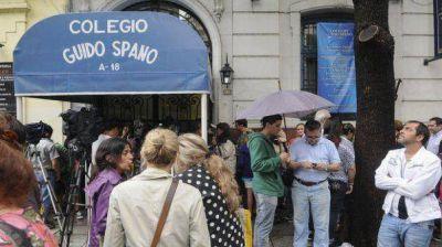 Docentes del Guido Spano solicitan ayuda para asegurar la fuente laboral
