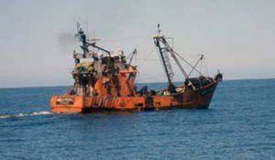 Buscan herramientas para reactivar la industria pesquera