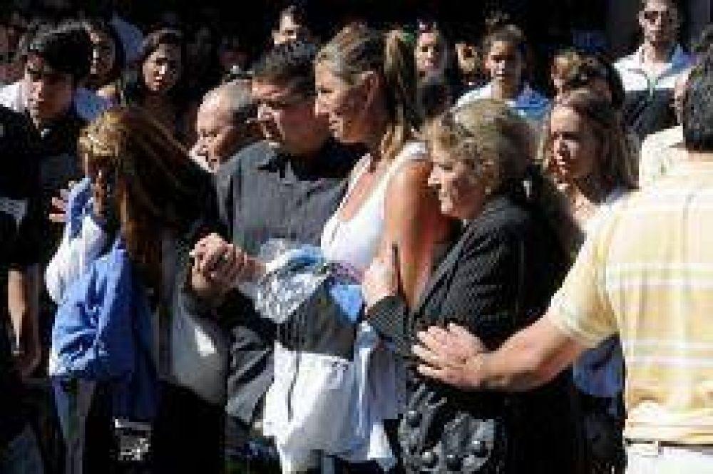 Dolor en el entierro de Priscila Ochoa, una de las víctimas del rayo mortal