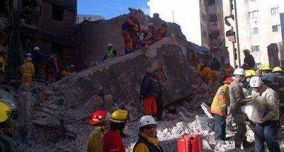 Dos bomberos santafesinos serán recibidos por el Papa