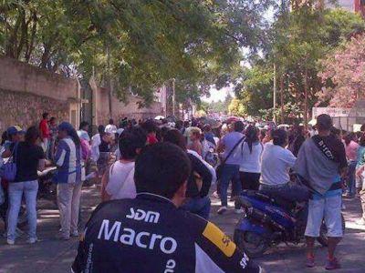 Se profundiza el caos: asentamientos piden servicio