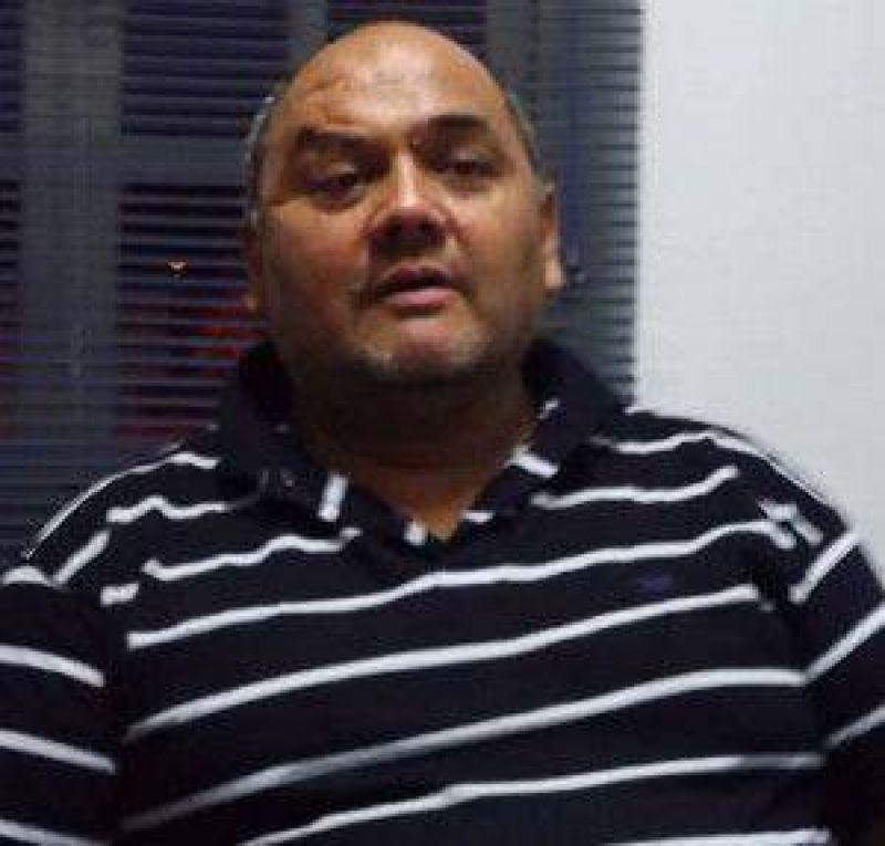 Roberto Vera confirmó el pase a planta permanente de los municipales de 28 de Noviembre