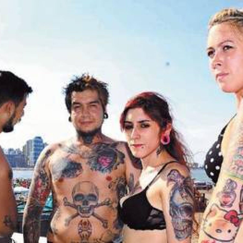 Actriz Porno Tatuada Y Rapada el torreón será por tres días un laboratorio de tatuajes