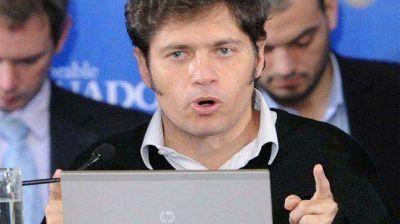 Kicillof viaja este domingo a Francia para renegociar la deuda argentina