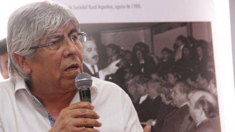 """Para Moyano, la ausencia de Scioli y Massa al c�nclave sindical """"no cambiar� lo que se decida"""""""