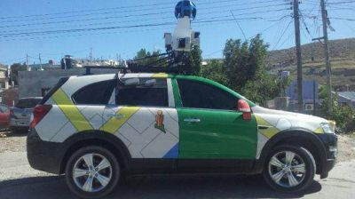 El automóvil de Google Street View fotografía calles de Comodoro