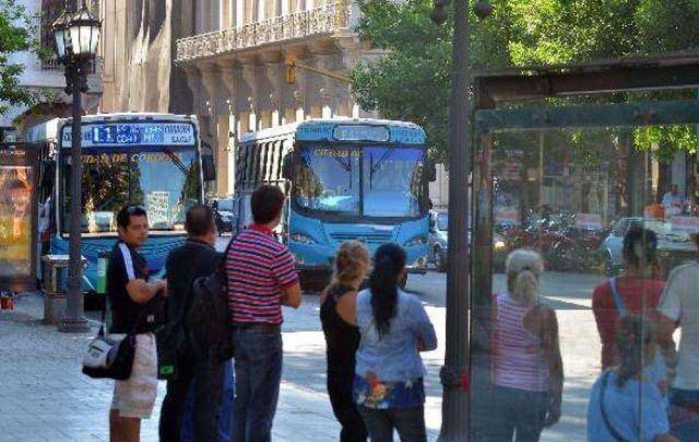 Los choferes de UTA pedirán adelanto de $ 1.000 en Córdoba