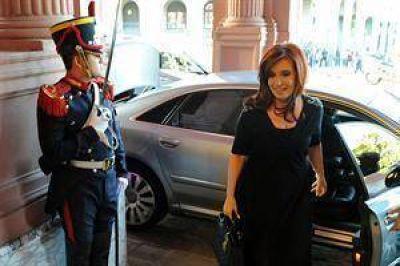 """El Gobierno pidió """"no especular"""" con la salud de Cristina Kirchner"""