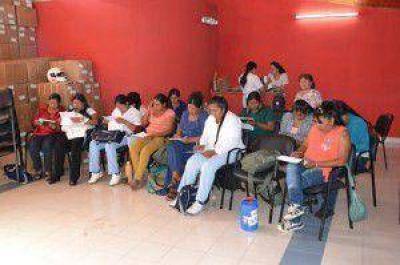 Avanzan en la elaboraci�n de un dec�logo de conserjer�a de salud en lengua aborigen
