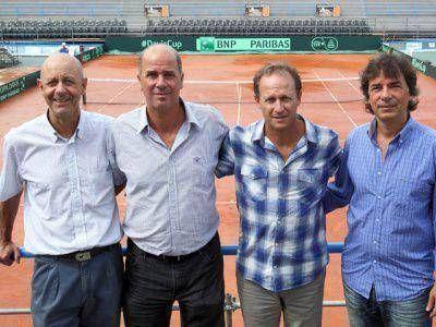 COPA DAVIS:PRESENTARON AL EQUIPO PARA ENFRENTAR A ITALIA
