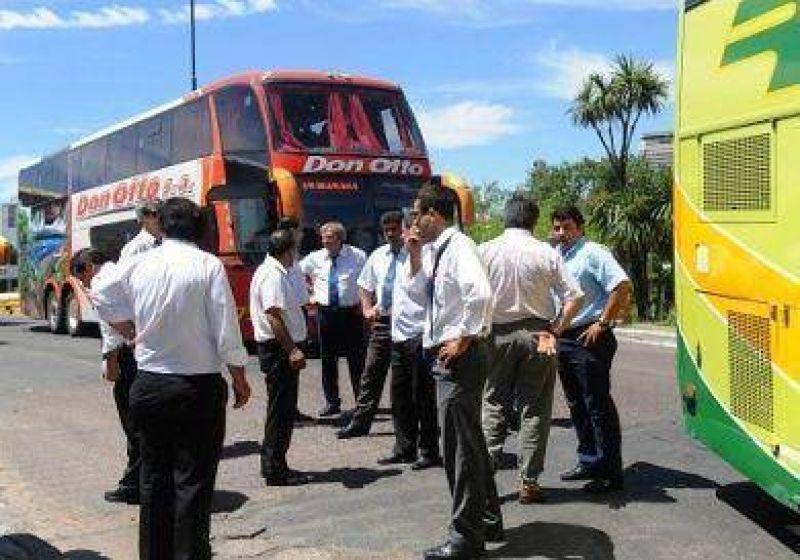 UTA anuncia tres días de paro en colectivos de larga distancia