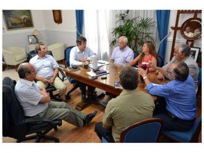 La pauta salarial de municipios de la costa del Paraná irá en sintonía con la paritaria provincial