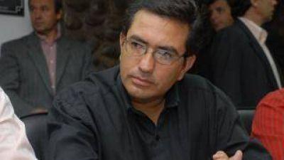 Duras críticas al intendente de Andalgalá por no suspender o postergar el festival