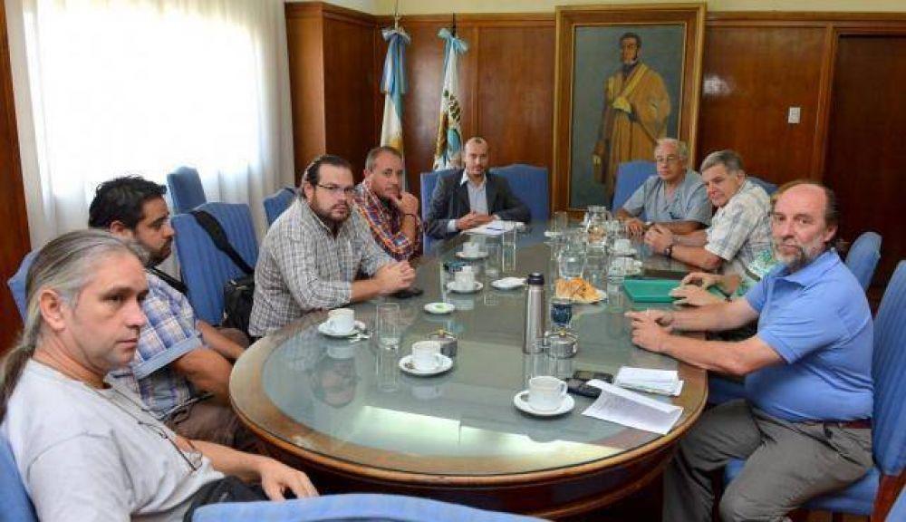 """Desarrollo dialogó con los gremios en el marco del """"Pacto por la Niñez"""""""
