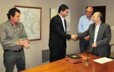 Bacileff puso en funciones al nuevo subsecretario de Recursos Naturales y al director de Bosques