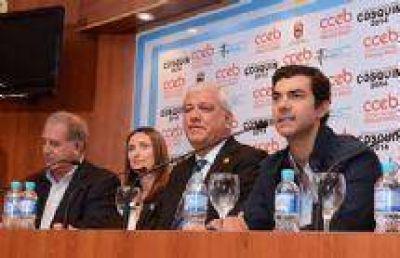 Juan Manuel Urtubey destacó en Cosquín el valor de la cultura y los artistas de Salta