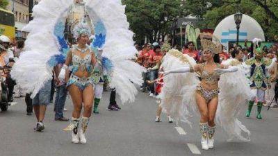 Turismo prepara los Carnavales Federales de la Alegría en Tucumán