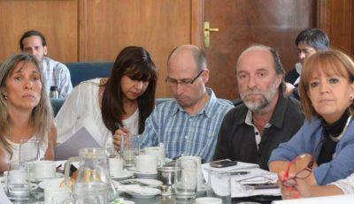 """Legisladores realizaron sus aportes al """"Pacto por la Niñez"""""""