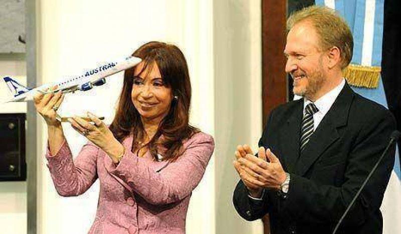 El Gobierno destinará 2 mil millones de dólares a la compra de 52 aviones