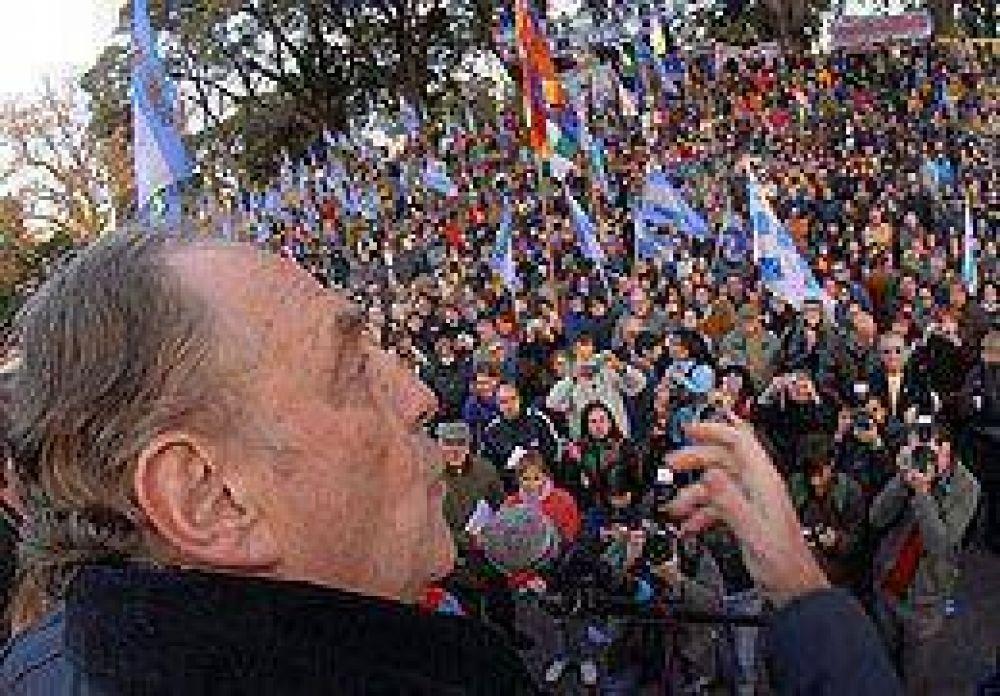 """Heller: """"La oposición quiere deslegitimar el resultado electoral"""""""