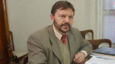 Áreas claves pasan de Producción a Turismo y tambalea el ministro Schunk