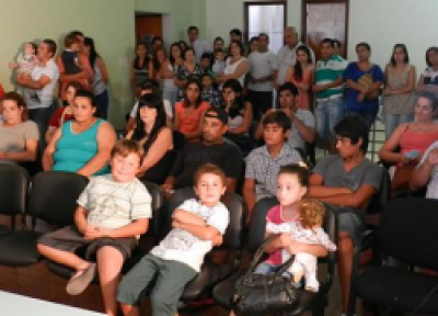 Castelli: Se realizó el sorteo de ubicación de viviendas