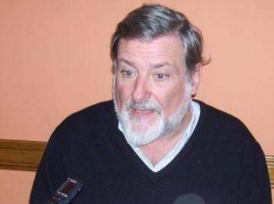 Giordano defendió el sistema sanitario de Claromecó