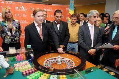 """Negro el 35"", la primera bola del casino del NH Gran Hotel Provincial"