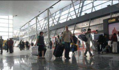 Intenso movimiento en la Terminal de Ómnibus por el recambio turístico