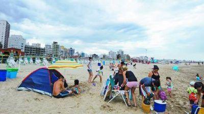Temporada de altibajos: en la Costa esperan que febrero salve el verano