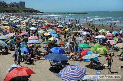 Dos millones de turistas ya pasaron por Mar del Plata este verano