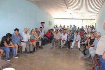 El Gobierno explicó a productores obras previstas ejecutar en la cuenca hídrica del bañado La Estrella