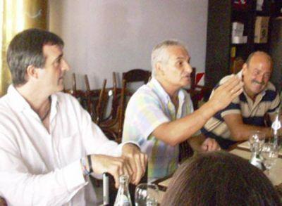 Esteban Bullrich visitó Zárate y se reunió con gremios de la educación
