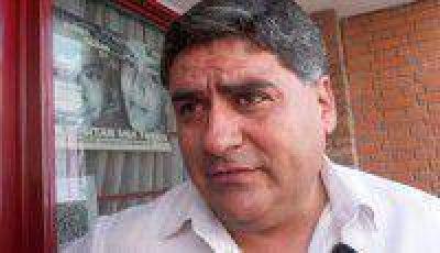 El secretario general del CEDEMS, se defendi� de los autoconvocados