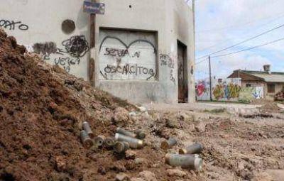 Heridos, detenidos y desesperación tras el gravísimo enfrentamiento entre policías y jóvenes en Las Tunitas