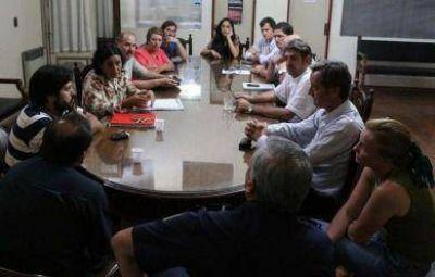 Concejales se reunieron con autoridades policiales para definir acciones en el barrio