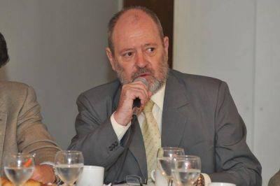 El titular de la CAPYMEF denunció la monopolización de la cadena alimentaria y pidió comprensión