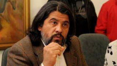 El ministro Ariza designó a su esposa como directora de Despacho y a su hermana en la secretaría Privada