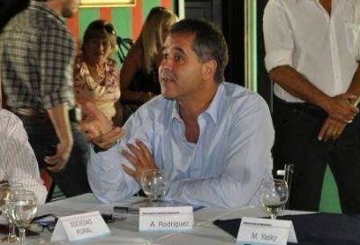 """""""Topo"""" Rodríguez acuerda con la instalación de un destacamento en Las Tunitas"""