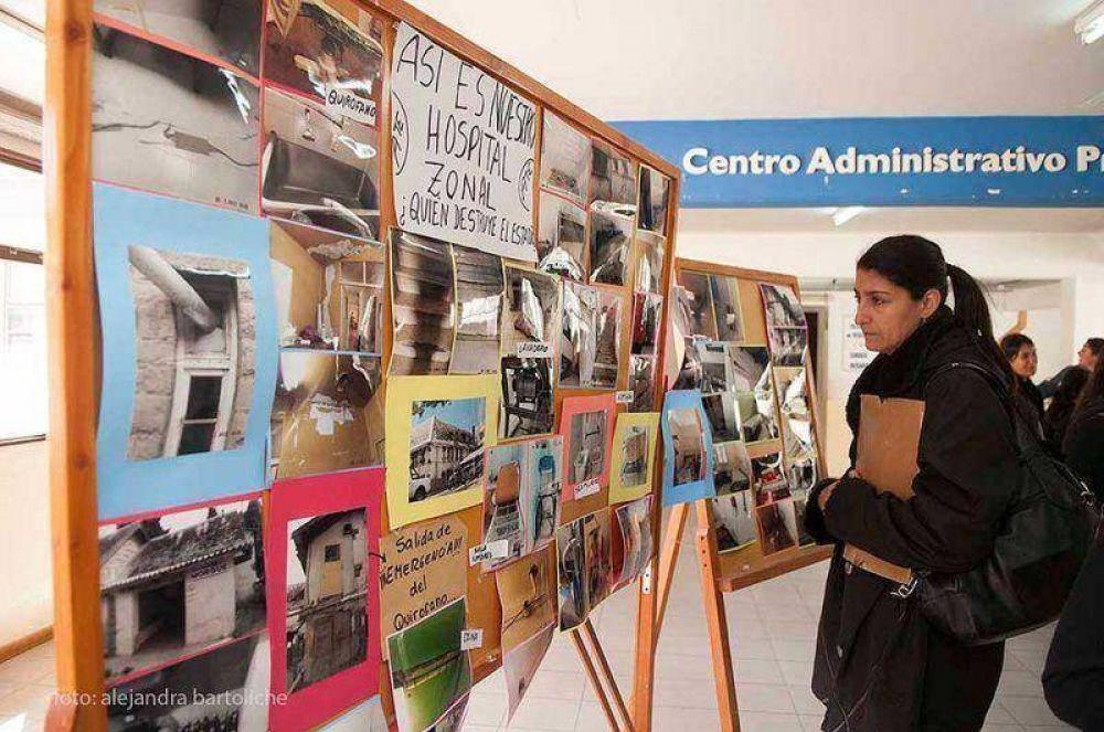 Trabajadores de ATE expusieron fotos en el Centro Administrativo donde muestran falencias estructurales