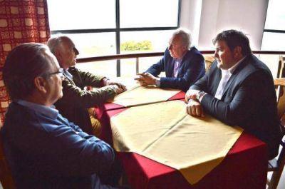Peralta se mostró conforme con la reunión con PAE