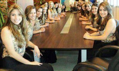 Las candidatas a Reina Nacional del Sol se interiorizaron sobre el Túnel de Agua Negra