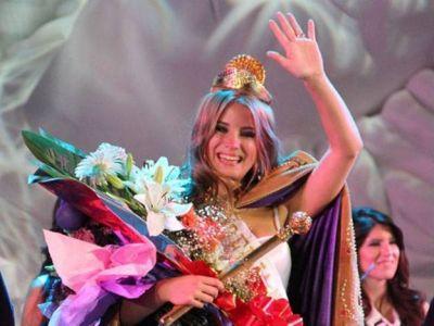 La actual Reina del Sol quiere seguir vinculada a la Fiesta Nacional
